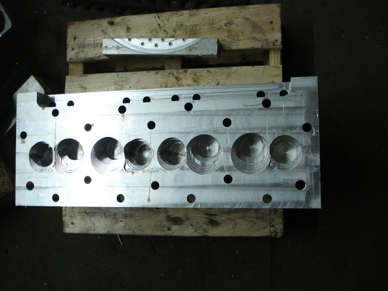 Billet Cylinder Heads : Billet fbs cylinder heads the amc forum page